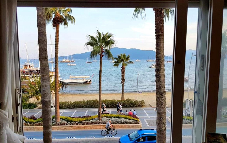 דירת 2 חדרי שינה, עם נוף לים במקום הכי פופולרי במרמריס